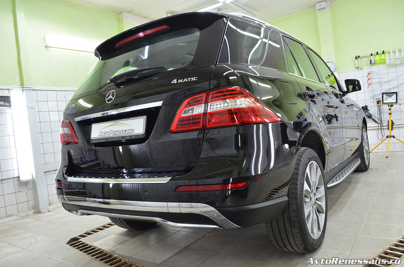 Detailing Mercedes Benz ML400 (59)